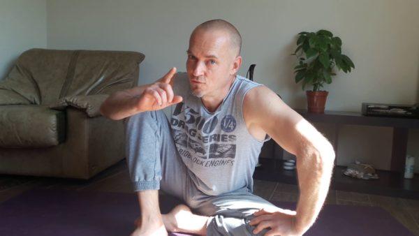 йога позвоночник