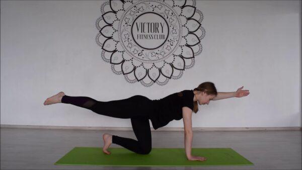 йога здоровая спина