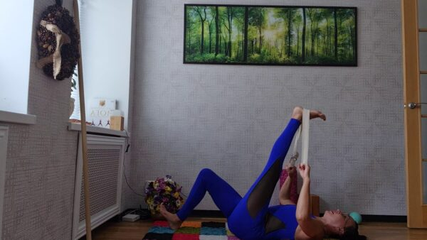 йога поясница позвоночник